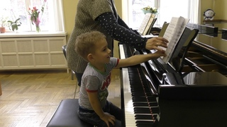 Lesson by Mira Marchenko with Fedya Kutuzov, classroom of Central Music School