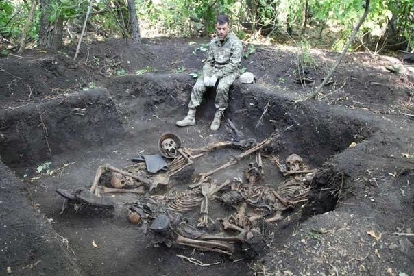 Они погибли за наше светлое будущее Украинские волонтеры отрапортовали об очередных находках в рамках экспедиции посвященной Харьковской оборонительной операции 1942 года, которая закончилась