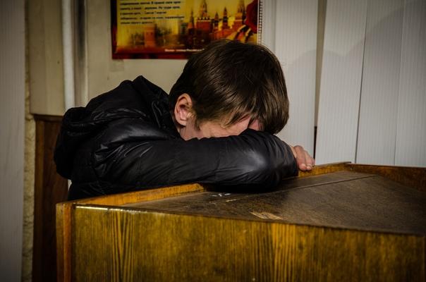 Россиянин пять раз обокрал одну и ту же квартиру В Кургане суд вынес приговор местному жителю, неоднократно обворовывавшему одну и ту же квартиру в доме на Омской улице. Владелица жилья,