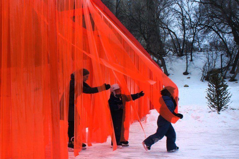 Инсталляция от atelier ARI бросает вызов политической напряженности.