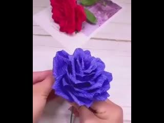 Шикарная роза из гофрированной бумаги