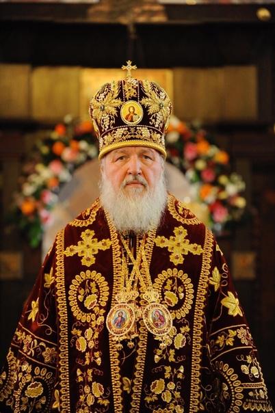 Около 40% молодёжи в России считают себя неверующими людьми В России православие самая распространенная религия среди населения. О приверженности 63% к ней заявили 63% граждан. Такие данные