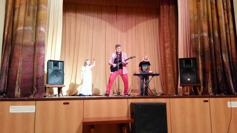 Конь, мой конь. Слова и музыка, автора популярных песен группы Каролина Сергея Туманова.