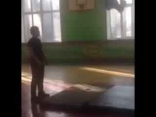 Упражнение для спины - Веселые Кавказцы