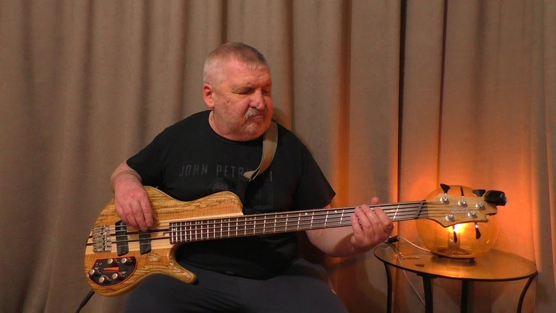 Toto Georgy Porgy bass cover