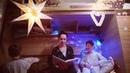 Артистка Ася Ширшина читает сыновьям Питера Пэна