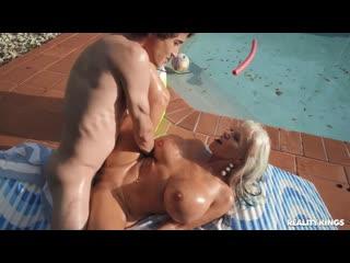 Sofie Reyez, Sally D'Angelo Episode 7: The Dark Middle Chapter порно porno