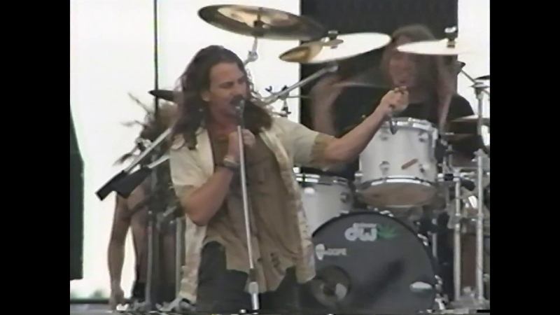 Pearl Jam 9 20 92 Seattle Wa Complete MTV Footage w Official SBD Drop in the Park
