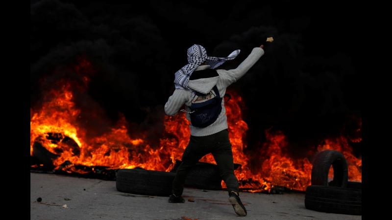 Масові заворушення, конфлікти з поліцією, сльозогінний газ та гумові кулі наслідки рішення Трампа у Єрусалимі