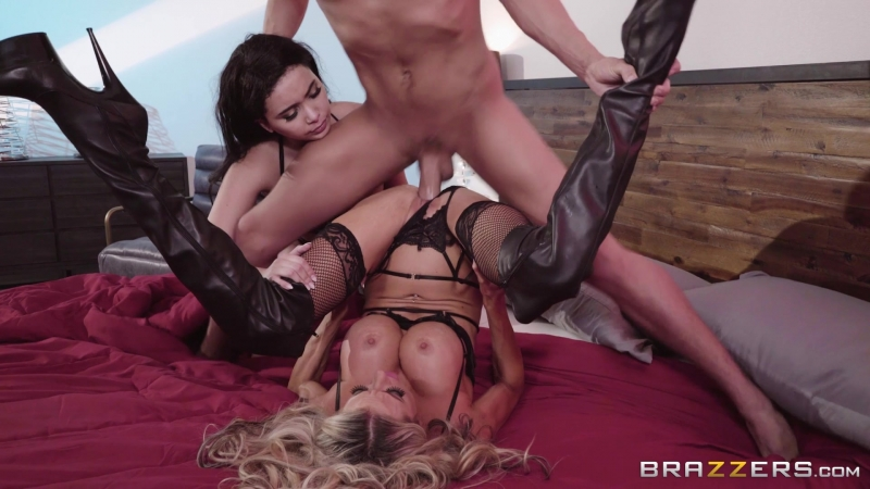 Aaliyah Hadid Courtney Taylor ( Showing Her The Ropes, 2018 г. , Big Tits, Big