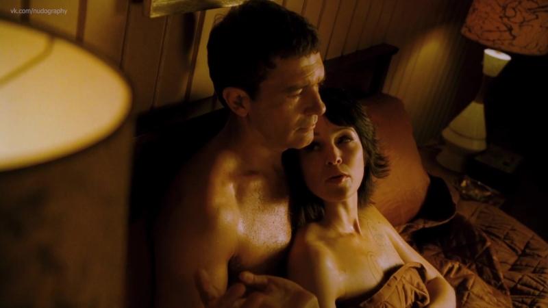 Отем Ризер (Autumn Reeser) голая в фильме Большой взрыв (The Big Bang, 2010, Тони Крантц) HD 1080p