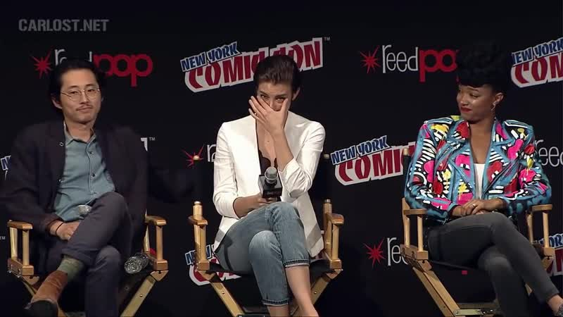 Лорен Коэн (Мэгги) расплакалась на панели The Walking Dead