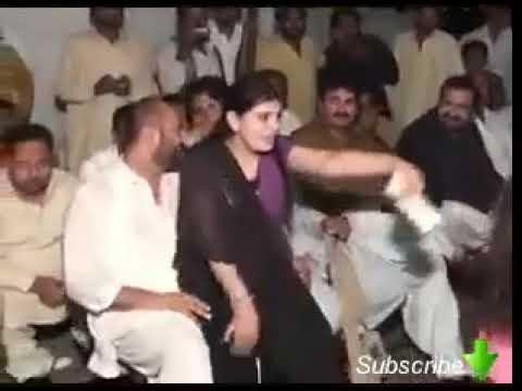 Herkes Tuttuğuna Geçiriyor bu nasıl düğün Hot Sexy Cute Girl Wedding Mujra Multan