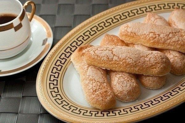 Печенье «Савоярди»  Ингредиенты:  Яйца — 3 шт. Сахар —...