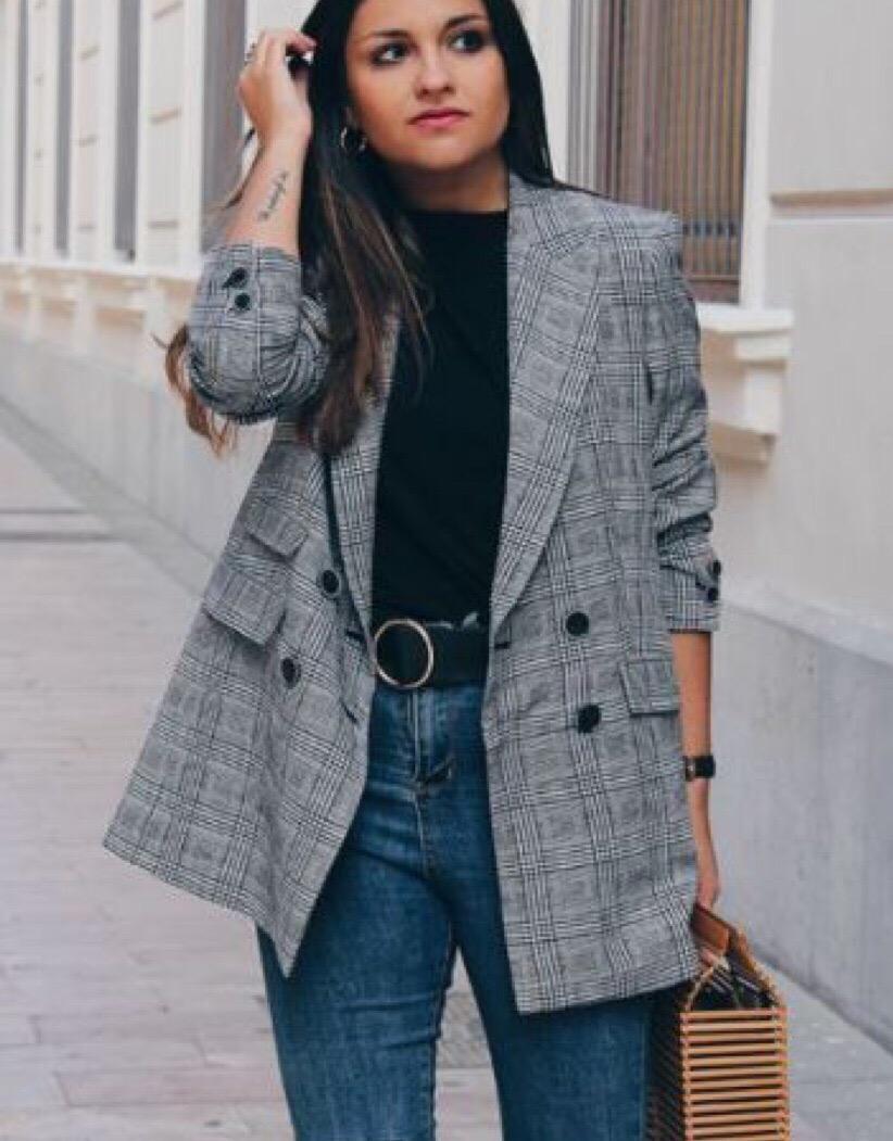 Самая желанная вещь с приходом осени - по традиции жакет в клетку  Носим с любимыми брюками, джинсами, юбками, шортами и платьями
