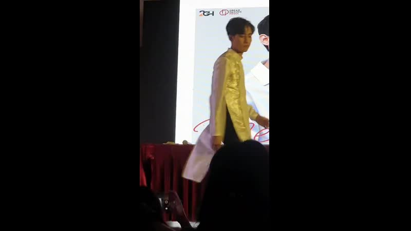 2019-8-17_Memory with Mark_Sexy dance_аозай