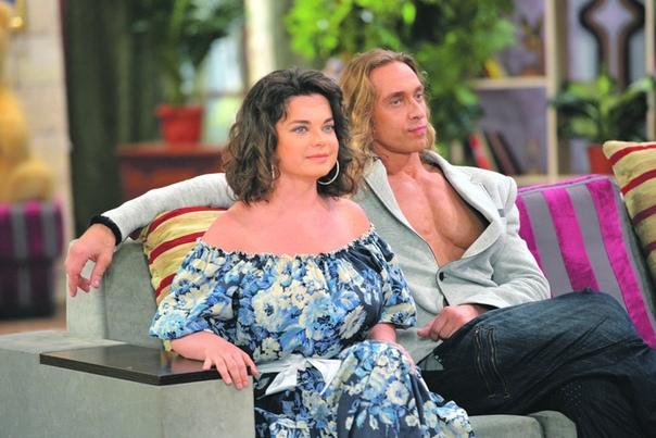 Сегодня Наташа Королева и Тарзан отмечают топазовую свадьбу!