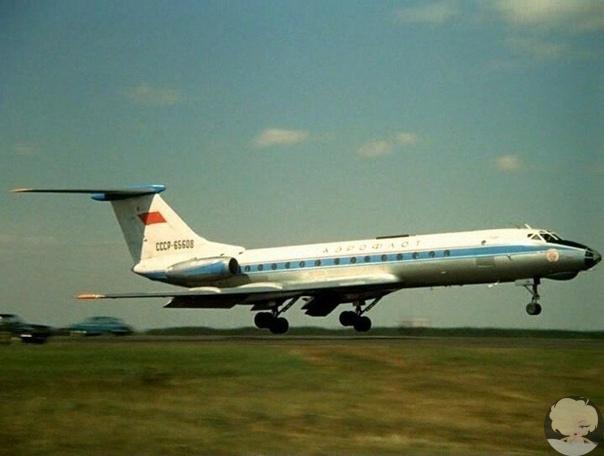 Смертельное пари: как посадить самолет вслепую и убить 70 человек Эта трагедия произошла 20 октября 1986 года при посадке в аэропорту Куйбышева. Чудовищный случай. Наверное, он не имеет аналогов