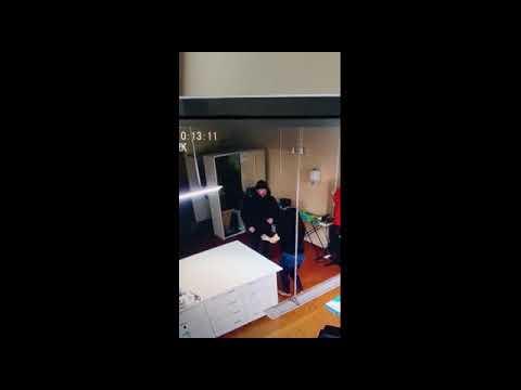 Новосибирец напал на бывшую жену в ателье инциденет попал на видео