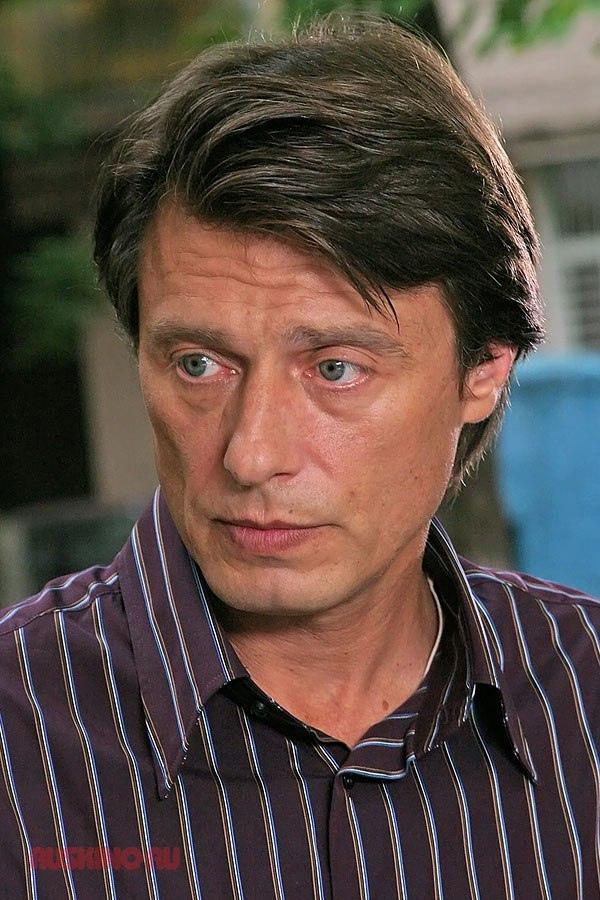 Сегодня свой день рождения отмечает Лобоцкий Анатолий Анатольевич.
