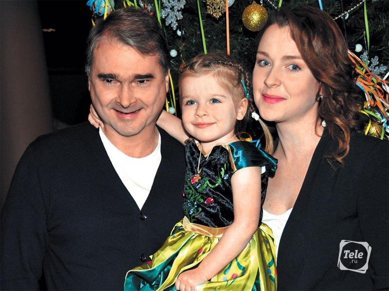 Светлана Антонова с семьей.