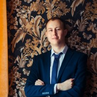Дмитрий Ромадин