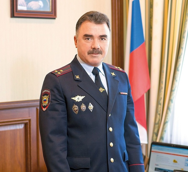 Начальник полиции Тольятти задержал стрелка, угрож...