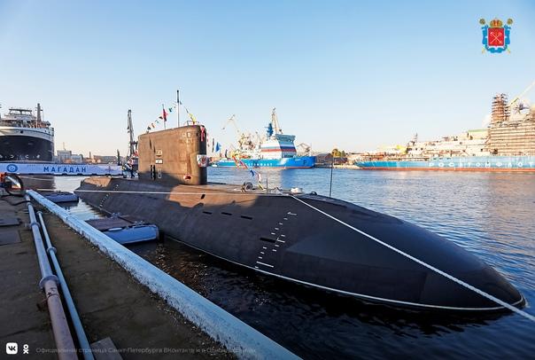 Дизельная субмарина нового поколения «Магадан» вош...