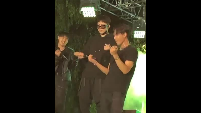 Coogie and giriboy learning to dance iffy with minsik