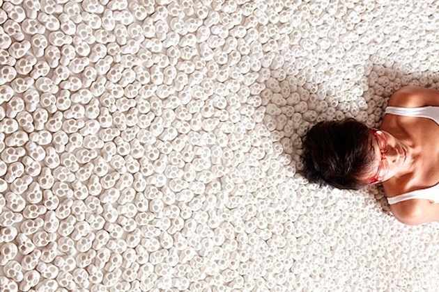 Инсталляция Нино Сарабутра «Что ты оставишь после себя?».