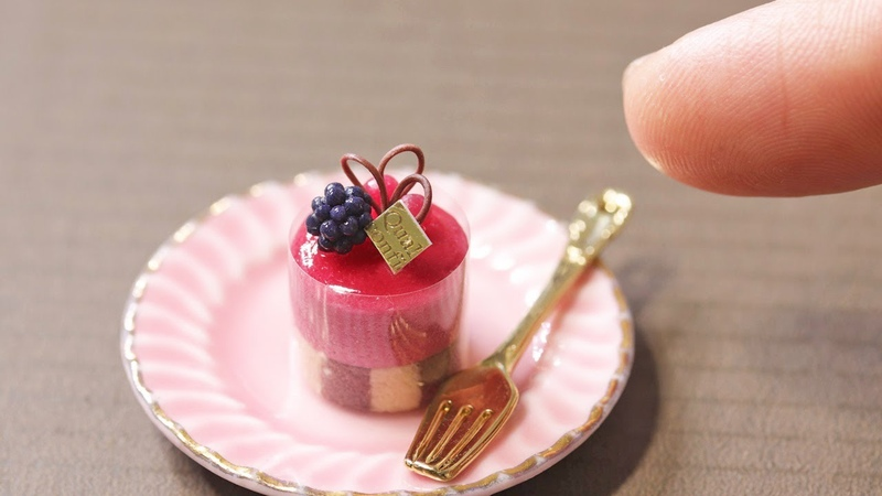 Black currant mousse cake 樹脂粘土でカシスムース Cassis mousseのミニチュアを作りました How to make miniature food DIY