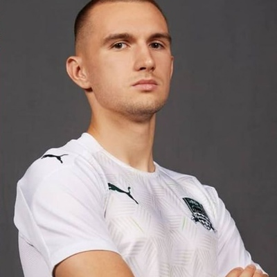 Дмитрий Уткин