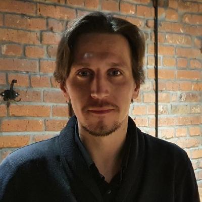 Денис Волошин