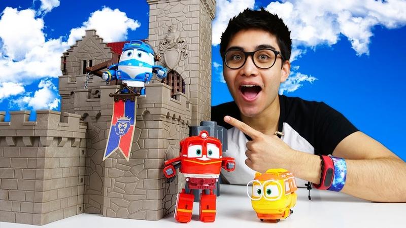 Los juguetes de Robot Trains en el Castillo mágico Trenes infantiles Vídeos para niños