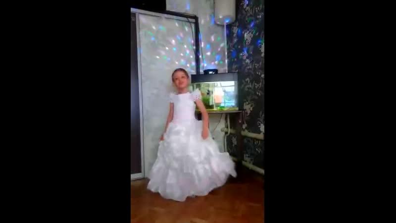 Елтышева Диана Вячеславовна ,6 лет, Я тут не давно потеряла третий зуб