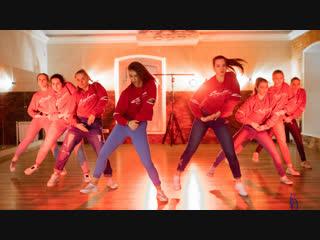 Шоу-группа / Танцы в Омске / Студия танца Багира