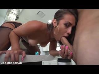 [PornoWorld] Kelsi Monroe - Жопастая зрелка любит ебаться во все
