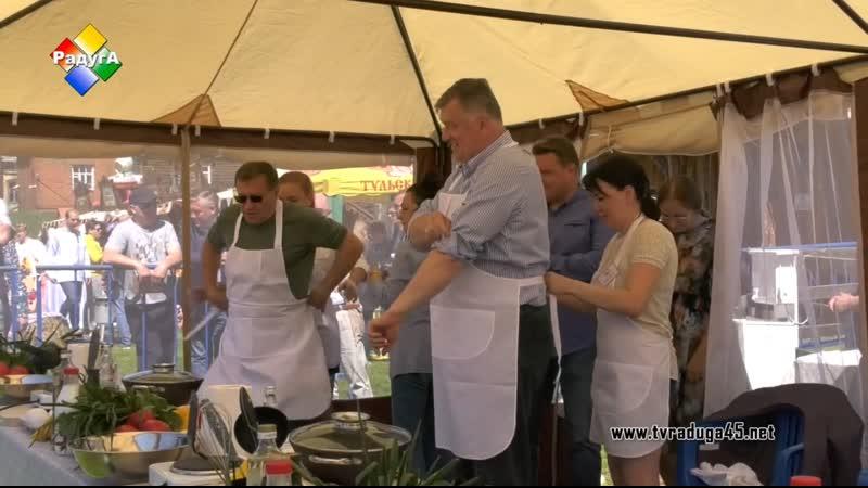 Депутаты Мособлдумы приняли участие в гастрономическом фестивале «ЯйцеФест»