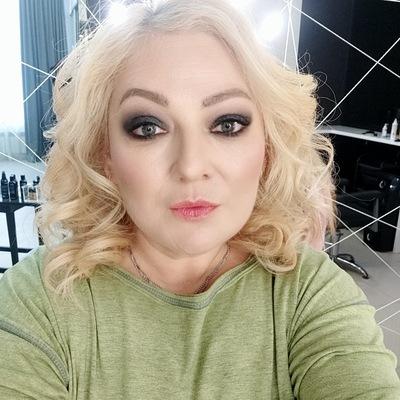 Яна Невская