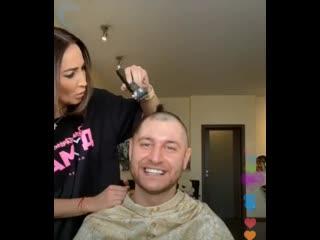 парикмахер Бузова и новая прическа Давы