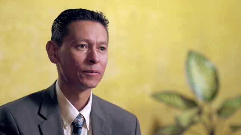 ИЕГОВА ПОДАРИЛ МНЕ ЖИЗНЬ ПОЛНУЮ СМЫСЛА Хуан Пабло Серменьо